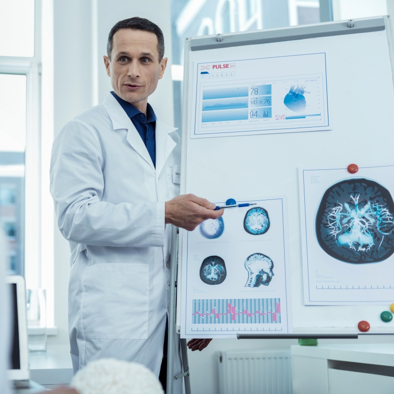 为什么会长脑膜瘤?脑膜瘤治疗选择有哪些?