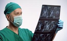 脑动静脉畸形出血率和死亡率风险高吗?